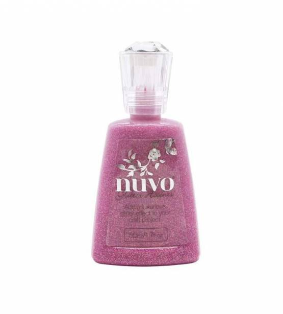 GLITTER ACCENTS CANDY KISSES. NUVO